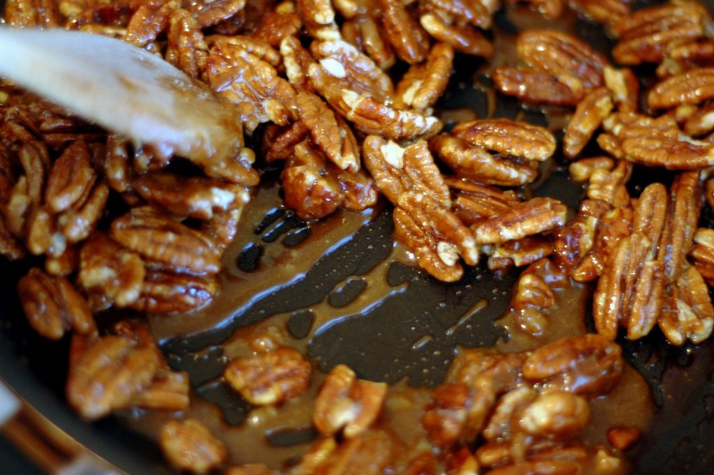 Making Caramelized Nuts