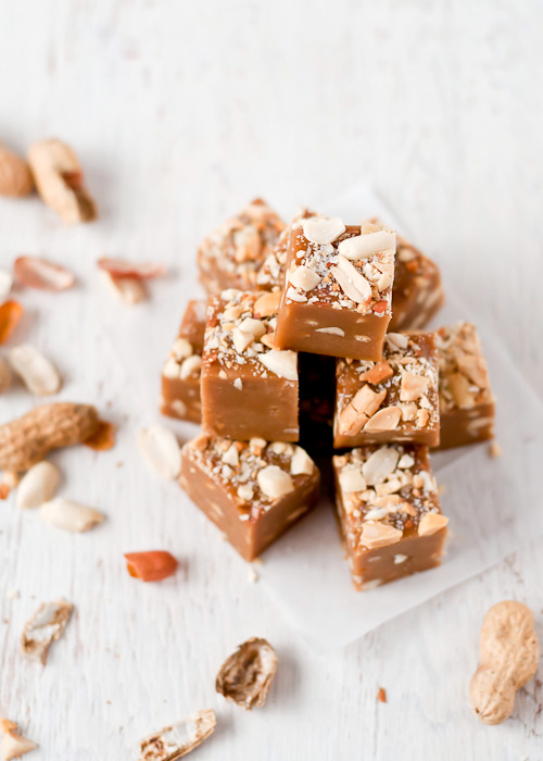 Caramel Peanut Butter Fudge | CafeJohnsonia.com
