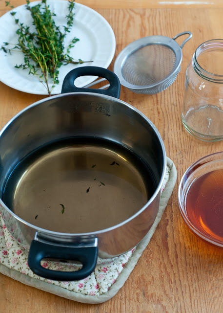 Honey Thyme Homemade Cough Syrup | CafeJohnsonia.com