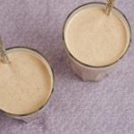 vegan peach pecan breakfast smoothie