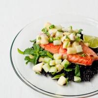 salmon-thai-pineapple-cucumber-salad