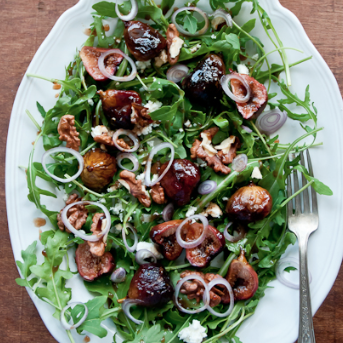 honey-balsamic roasted fig salad