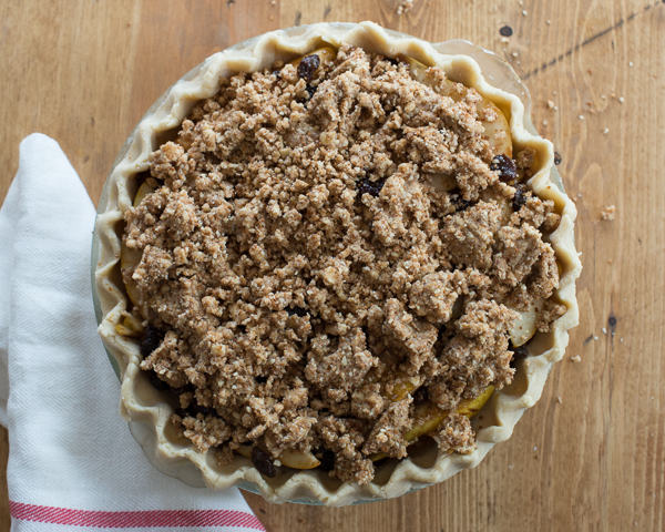 Gluten_Free_Pear_Pie_with_Dried_Fruit-6