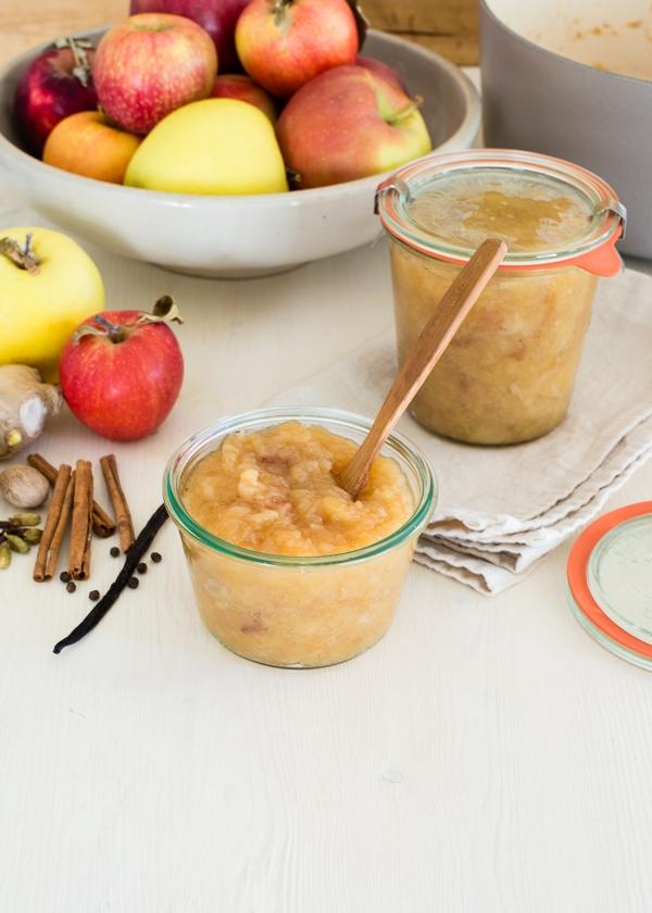 Vanilla Chai Spice Applesauce