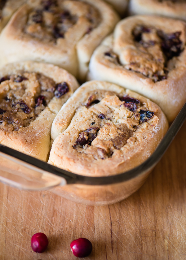 Gluten-Free Pecan Cranberry Sweet Rolls with White Chocolate Glaze | Cafejohnsonia.com #glutenfree #recipe #sweetroll
