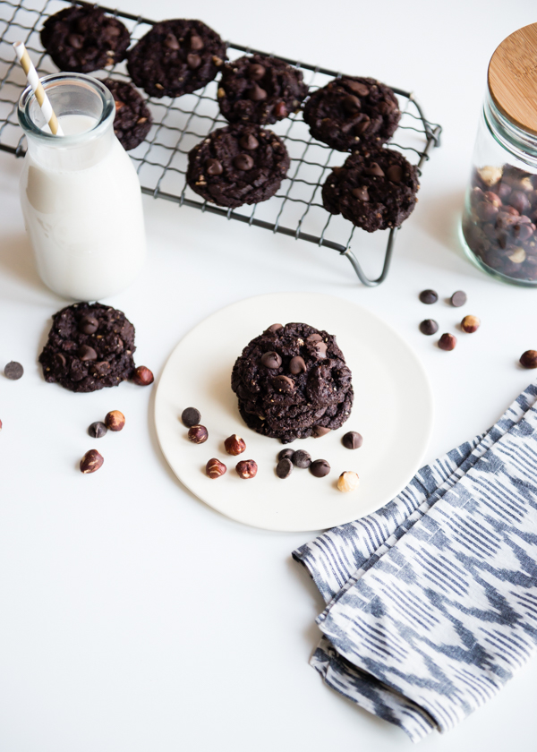 Flourless Hazelnut Chocolate Cookies-3