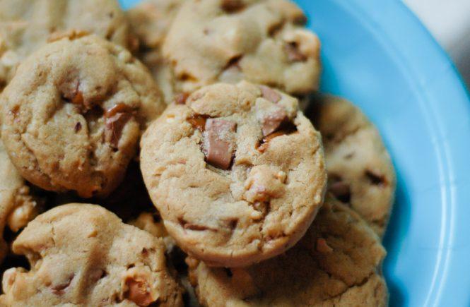 Hazelnut-Toffee Cookies